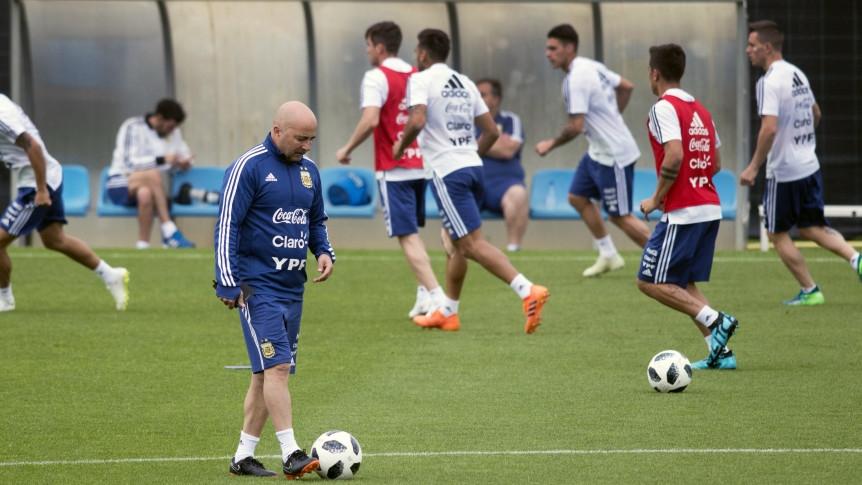Resultado de imagen para argentina entrena en barcelona