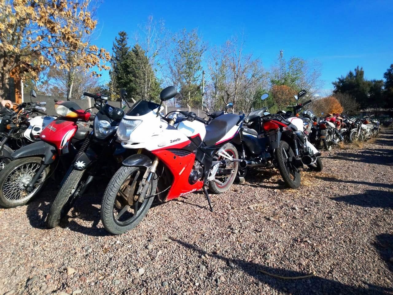 Más autos y motos para rematar en Godoy Cruz - Mendovoz