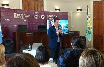 Godoy Cruz realiza todos sus trámites en forma electrónica - Mendovoz