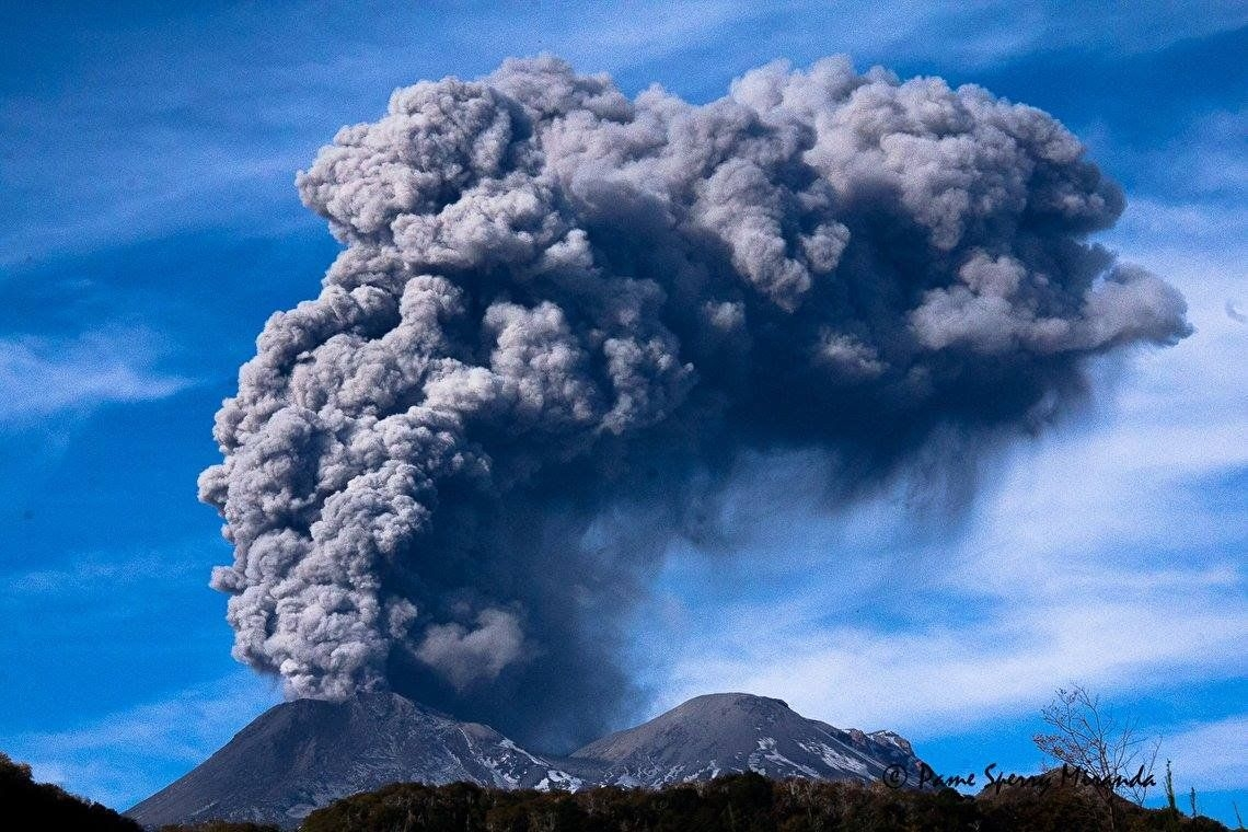 Alerta naranja en Chile por la explosión del volcán Chillán