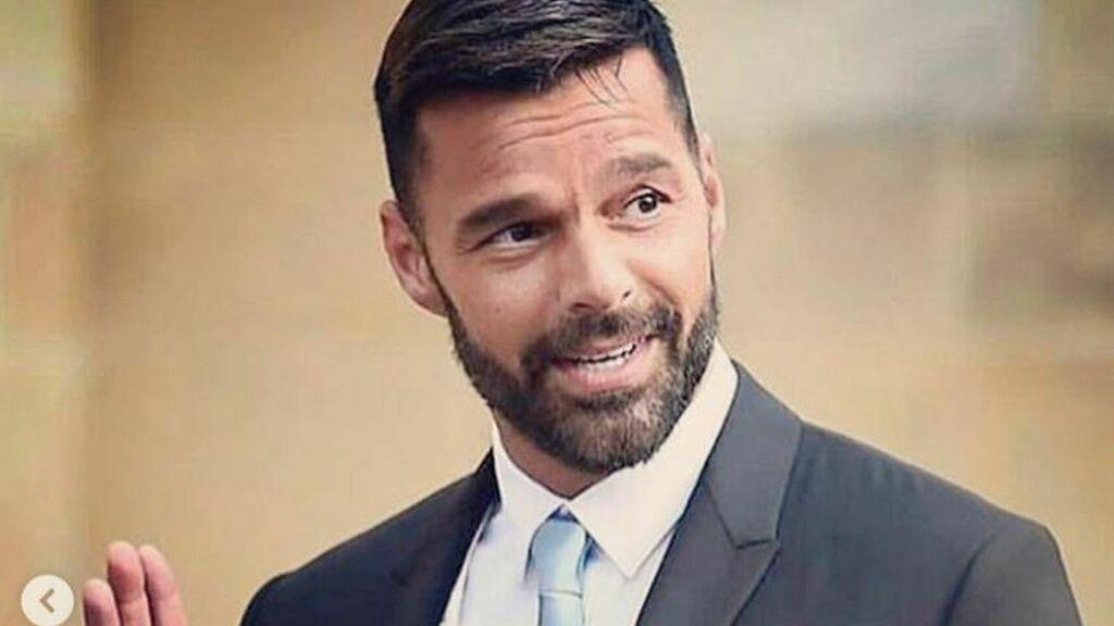 Este es el actor argentino con quien Ricky Martin comete infidelidad