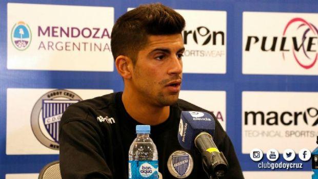 """Abecasis: """"Si llega una oferta lo analizaré junto al club"""""""