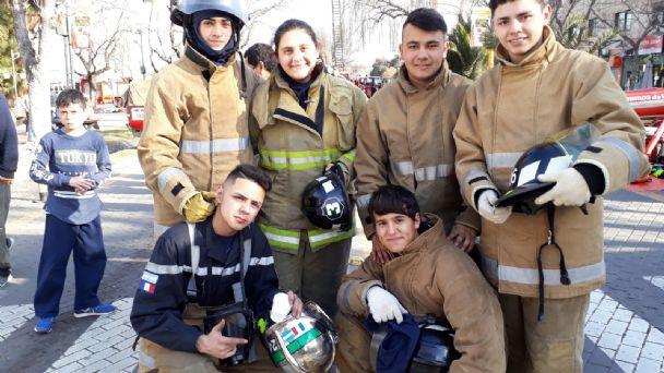 Bomberos de alma: adolescentes lujaninos quieren salvar vidas | MendoVoz
