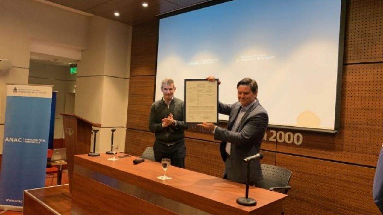 Resultado de imagen para Aeropuerto Mendoza certificación ANAC