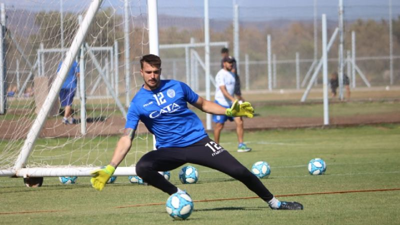 Godoy Cruz, con cambios ante Independiente