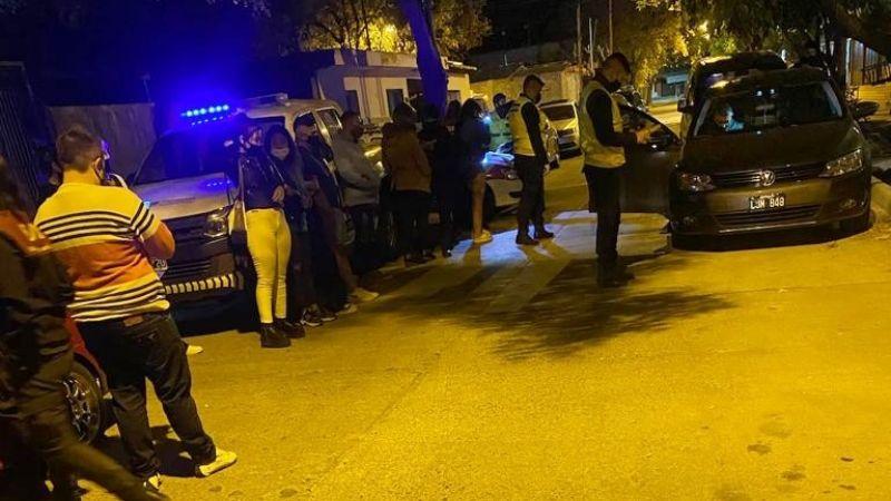 Increíble: continúan las fiestas clandestinas en Mendoza